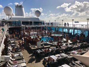 Rom Cruise